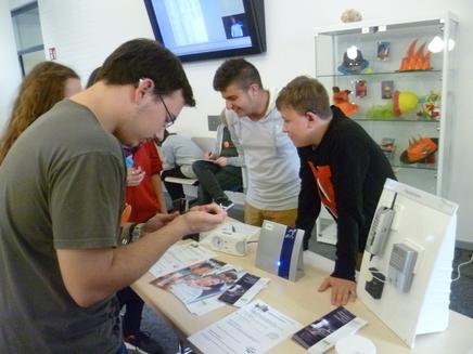 Auftaktveranstaltung: Ausstellung technischer Hilfsmittel